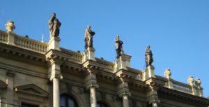 Beethoven_Praga_Rudolfinum_Statue